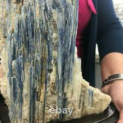 A Must See KYANITE MINERAL CRYSTAL 4 Kg / 8.8 Lbs ALL OFFER ARE WELCOME