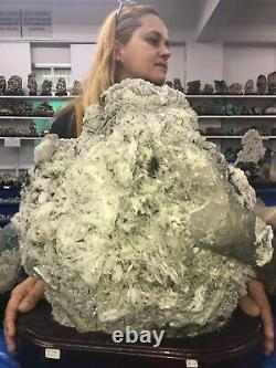 A Must See SNOW CRYSTAL on ALBITE Mineral 27.4 Kgs / 60 Lbs FREE SHIPPING