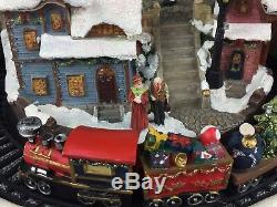 RARE RETIRED Target Fiber Optic Christmas Village 10.5 H x 14.5 W MUST SEE