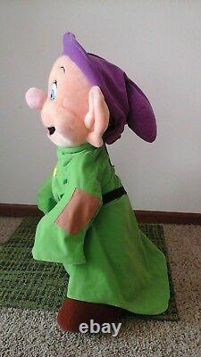VINTAGE MUST SEE DISNEY DOPEY Snow White & the Seven Dwarfs Plush Stuffed Large