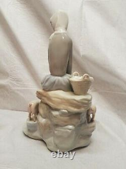 Vintage Lladro Figure Girl with Piglets 5 Pigs MUST SEE