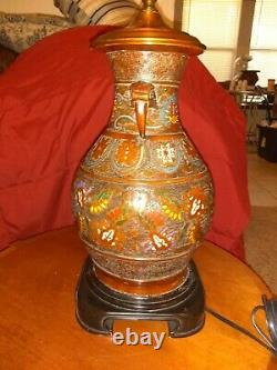 Vintage Wildwood Alloy Chinese Vase Table Lamp Hand Finished Bronze, must see