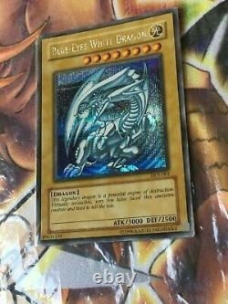 Yugioh Blue-Eyes White Dragon DDS-001 Secret Rare Must See Excellent Condition